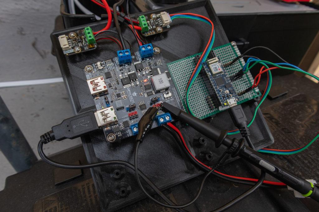 Measuring transient voltage on the load output of DFRobot Solar Power Manager For 12V Lead-Acid Battery